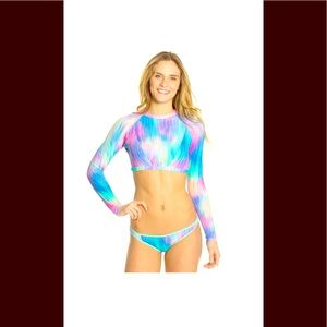 B. Swim sz L long sleeve cropped prism rashie